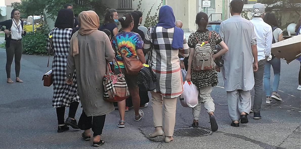 Accueillir, accompagner et soigner les réfugiés afghans